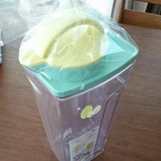 トトロ 冷水筒