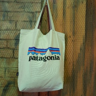 パタゴニア(patagonia)のPatagonia★めっちゃ使える!マーケット・トート 新品 かわいい(トートバッグ)