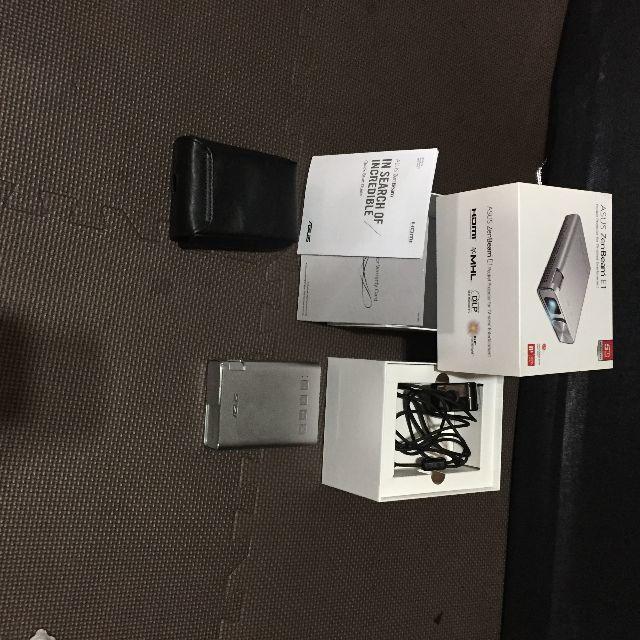 ASUS(エイスース)のASUS ZenBeam LEDプロジェクター(小型ミニプロジェクター スマホ/家電/カメラのテレビ/映像機器(プロジェクター)の商品写真