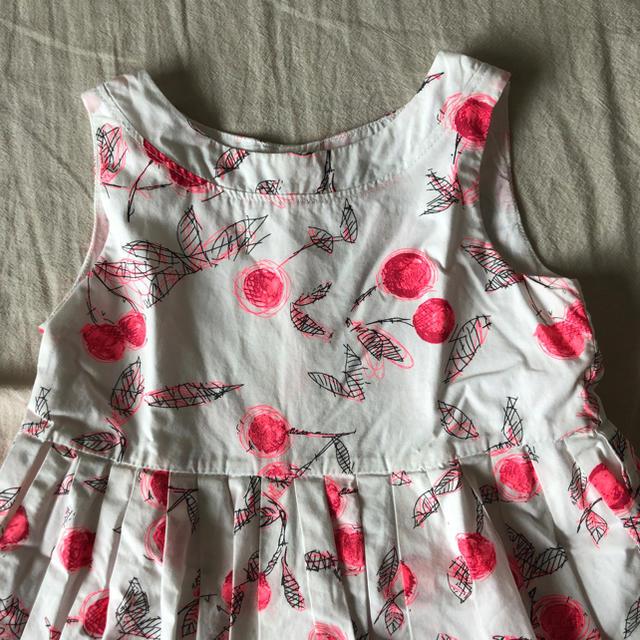 Bonpoint(ボンポワン)のボンポワン チェリー柄ワンピース キッズ/ベビー/マタニティのキッズ服女の子用(90cm~)(ワンピース)の商品写真