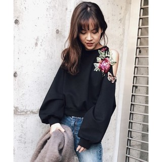 Ameri VINTAGE - アメリヴィンテージ FLOWER PATCH SWEAT TOP