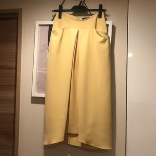 ノーブル(Noble)のソフィラのイエロースカート(ひざ丈スカート)