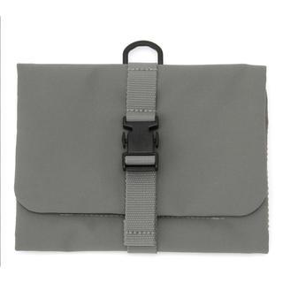 ムジルシリョウヒン(MUJI (無印良品))の無印良品 ポリエステル吊るせるケース小物ポケット グレー・約12×18cm(旅行用品)
