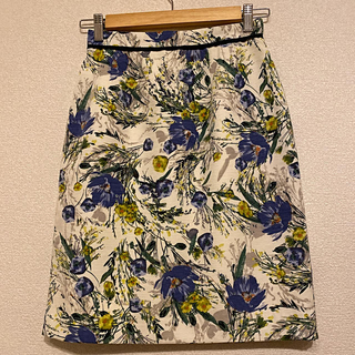 ジャスグリッティー(JUSGLITTY)のジャスグリッティー 花柄スカート(ひざ丈スカート)