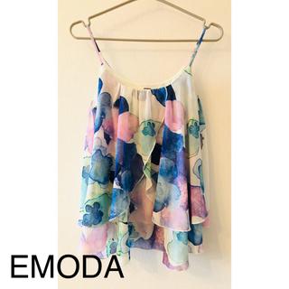 エモダ(EMODA)のエモダ キャミソール ブルー系 水彩風 花柄(キャミソール)