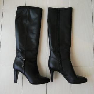 ダイアナ(DIANA)のダイアナのブーツ 黒(ブーツ)
