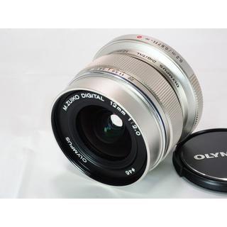 オリンパス(OLYMPUS)の<美品>OLYMPUS M.ZUIKO DIGITAL ED 12mm F2.0(レンズ(単焦点))
