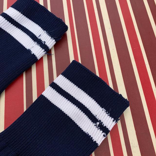 MIZUNO(ミズノ)のミズノ サッカーソックス 紺 スポーツ/アウトドアのサッカー/フットサル(その他)の商品写真