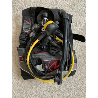 アクアラング(Aqua Lung)のBCD・レギュレーター・オクトパスセット(マリン/スイミング)