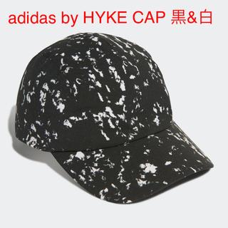 ハイク(HYKE)のadidas by HYKE CAP 黒&白(キャップ)