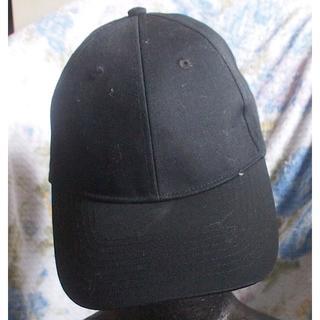 エイチアンドエム(H&M)の【H&M エイチアンドエム】とても軽いスナップバックCAPキャップ黒色帽子(キャップ)