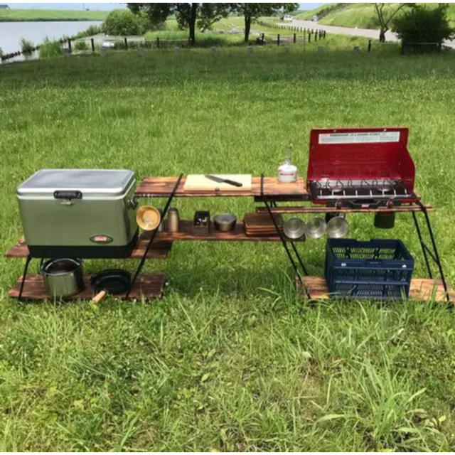 Coleman(コールマン)のアイアンラック キャンプ キッチン インテリア/住まい/日用品の机/テーブル(アウトドアテーブル)の商品写真