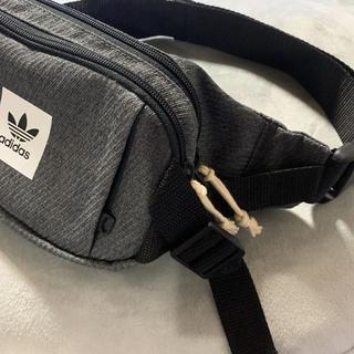 アディダス(adidas)のレアモデル!アディダスオリジナルス ボディバッグ(ボディーバッグ)