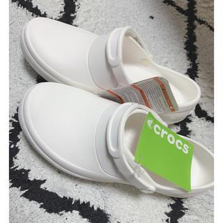 クロックス(crocs)のクロックス crocs 24cm 新品(スリッポン/モカシン)
