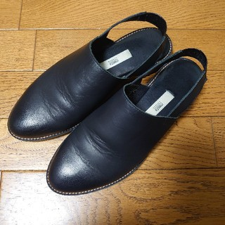 エンフォルド(ENFOLD)の【miista】バックストラップシューズ(ローファー/革靴)