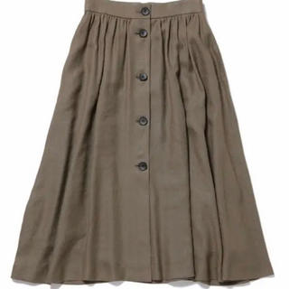 ロペ(ROPE)のロペアドモアゼル   カーキ   スカート(ひざ丈スカート)