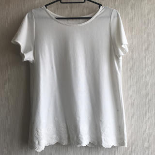 エニィスィス(anySiS)のTシャツ カットソー トップス フラワー 刺繍(Tシャツ(半袖/袖なし))