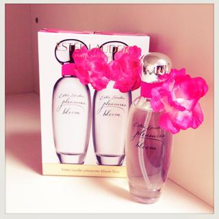 エスティローダー(Estee Lauder)の【新品】エスティーローダー香水【送料込】(香水(女性用))