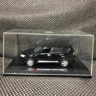 ミツビシ(三菱)の三菱 アウトランダー 1/43 販売店展示用ミニカー/モデルカー 非売品(ミニカー)