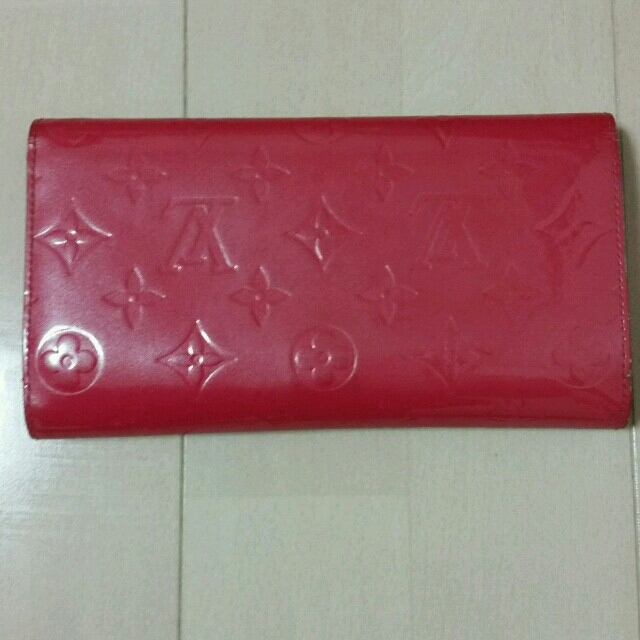 457a08ca0a3a LOUIS VUITTON - 値下げ♪ルイヴィトン☆ヴェルニ 三つ折り財布の通販 by ...