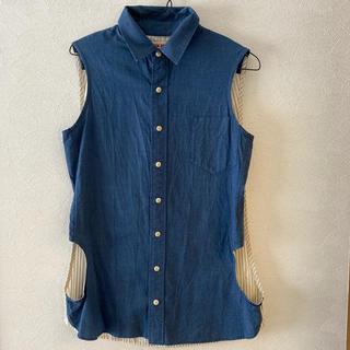 アパルトモンドゥーズィエムクラス(L'Appartement DEUXIEME CLASSE)のWIM NEELS 変形ノースリーブシャツ(シャツ/ブラウス(半袖/袖なし))