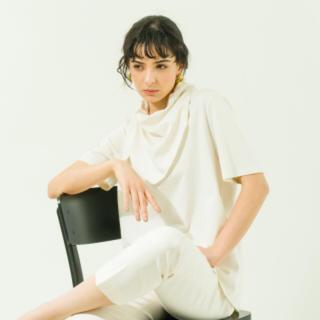 新品yonfa  ヨンファ スカーフパターンtee(Tシャツ(半袖/袖なし))