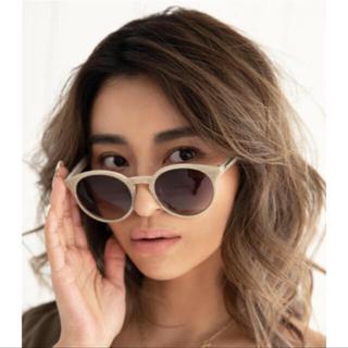 ALEXIA STAM - Boston Frame Sunglasses Beige 即配送可能♡ケース付