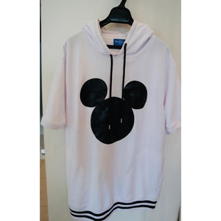 ディズニー(Disney)のミッキー 白フード付き ミニワンピース(ミニワンピース)