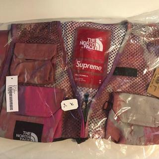 Supreme - M Multicolor Supreme North Cargo Vest