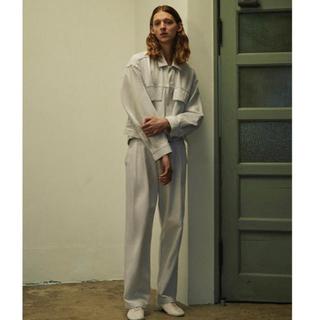 サンシー(SUNSEA)のYOKE wide tuck trousers 20ss(スラックス)