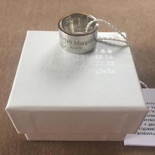 マルタンマルジェラ(Maison Martin Margiela)の20AW新品 メゾンマルジェラ リバースロゴ リング シルバー 指輪 今期 新作(リング(指輪))