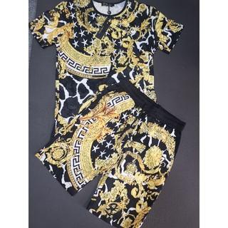 VERSACE - 人気品 ヴェルサーチVersace Tシャツ メンズ