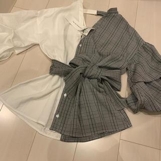 スパイラルガール(SPIRAL GIRL)の定価¥6372→再値下げ❗️❗️新品 ボリューム袖ブラウス(シャツ/ブラウス(長袖/七分))