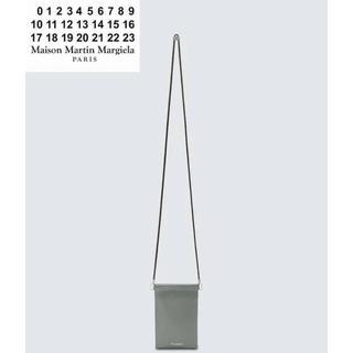 マルタンマルジェラ(Maison Martin Margiela)のMAISON MARGIELA グレインレザー Iphone ポーチ(ボディーバッグ)