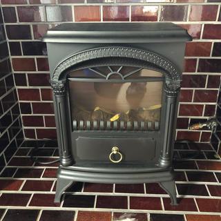 ニトリ - ニトリ暖炉風暖房器具