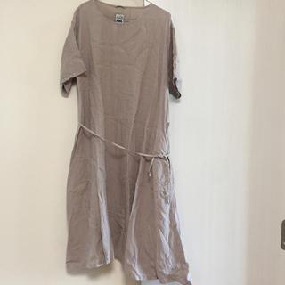 イデー(IDEE)のpool いろいろの服 ワンピース ベージュ(ロングワンピース/マキシワンピース)