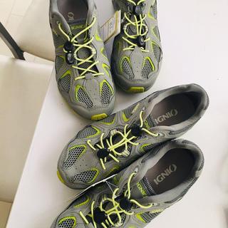 アディダス(adidas)の新品タグIGNIOイグニオスポーツメッシュ海山登りスニーカー男女マリン24cm(スニーカー)