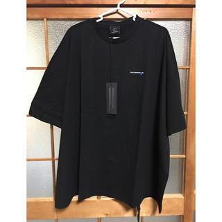 ピースマイナスワン(PEACEMINUSONE)のピースマイナスワン コラボティシャツ 黒(アイドルグッズ)
