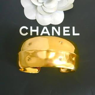シャネル(CHANEL)の正規品 シャネル バングル ゴールド ワイド 金 刻印 プレート ブレスレット(ブレスレット/バングル)