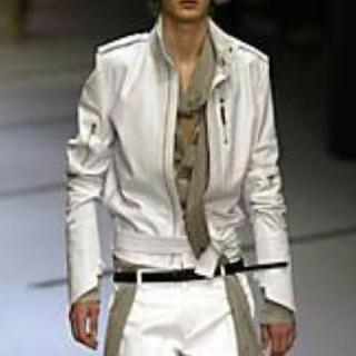 ディオールオム(DIOR HOMME)の貴重Dior Homme ディオールオム ホワイトレザーシングルライダース(レザージャケット)