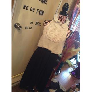 ヴィヴィアンウエストウッド(Vivienne Westwood)の【セール中】生地アシメオシャレ金具付きロングスカート💜(ロングスカート)