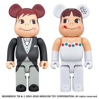 BE@RBRICK ウェディング ペコちゃん&ポコちゃん 400% 2体セット(その他)