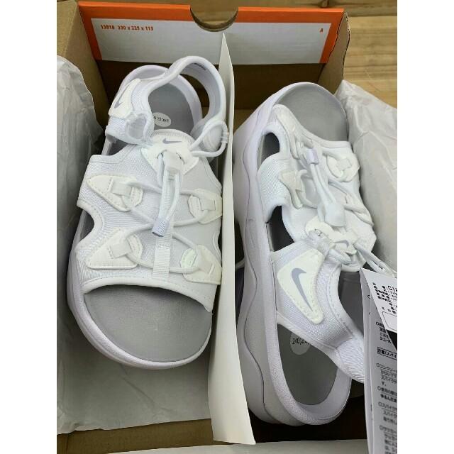 NIKE(ナイキ)の23.5㎝ 白 ナイキ ウィメンズ エアマックス ココ サンダル レディースの靴/シューズ(サンダル)の商品写真