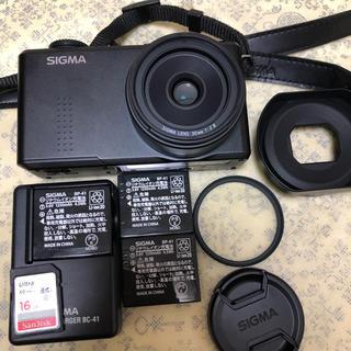 シグマ(SIGMA)のSIGMA DP2 Merrill デジタルカメラ 美品(コンパクトデジタルカメラ)