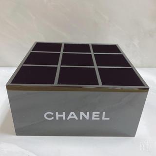 シャネル(CHANEL)の☆正規品☆CHANEL  ノベルティ  リップスタンド 小物入れ 9つ入れタイプ(小物入れ)