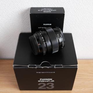 フジフイルム(富士フイルム)のFUJIFILM XF23mm F1.4 R 別売りフード付き(レンズ(単焦点))