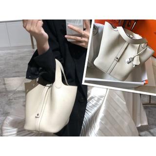 Hermes - ピコタンロックHERMES人気色(クレ)22cmオフホワイトハンドバッグ