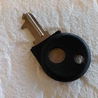 カシオ(CASIO)のCASIO電子レジスターSE-S10の鍵1本❪中古品❫レジと取説は付きません(店舗用品)