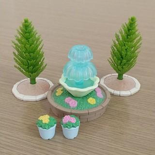 エポック(EPOCH)の中古 美品 シルバニアファミリー 噴水 木 お花 まとめ売り 5点 ガーデン(その他)