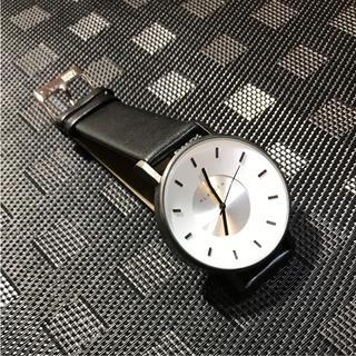 ダニエルウェリントン(Daniel Wellington)のklasse14 42㎜ ホワイトメンズレディース 即購入ok (腕時計(アナログ))